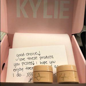 Authentic Kylie highlighter Figi and Tahiti